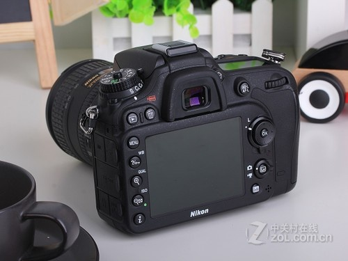 尼康 D7100黑色 外观图