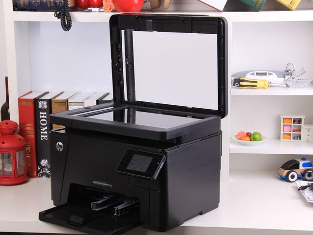 可旋转触摸屏 HP M177fw 售价3300元