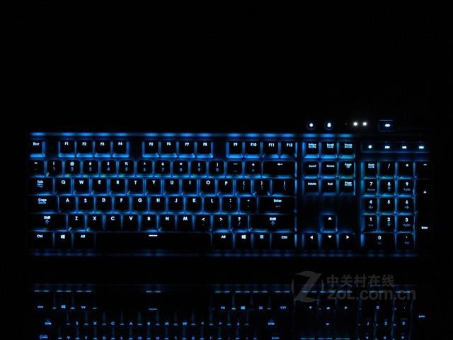 海盗船 K70RGB版 外观图