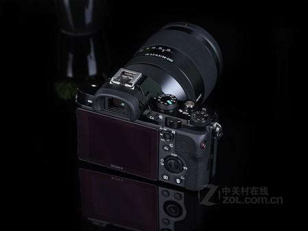 2高像素旗舰微单索尼A7单机售5999元