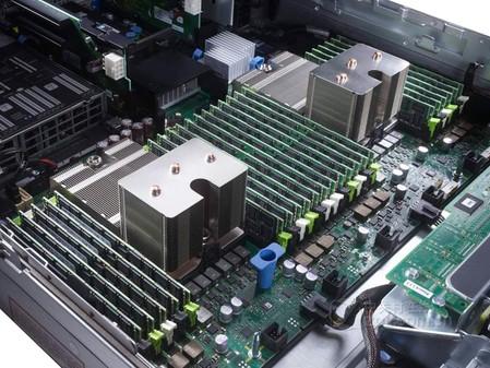 3至强E5六核处理器 戴尔R720仅 10999元