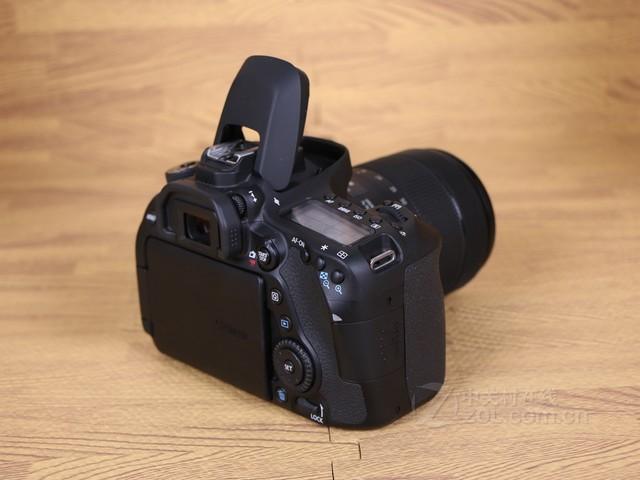 对焦更精准 佳能80D(18-200mm)威海促销