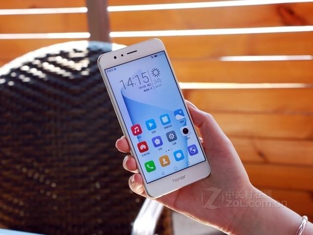 高颜值双摄手机 华为荣耀8 南宁仅售2050元