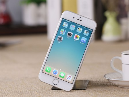全能小王子 iPhone 7特价4580元再送礼