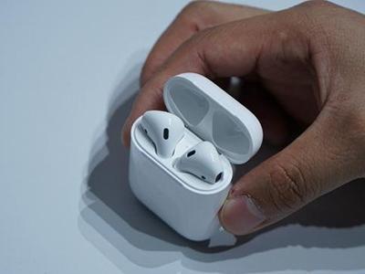 随心所欲 苹果AirPods无线耳机售1499元