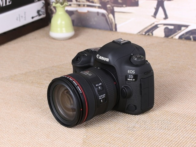 24-105mm高配镜头 佳能5D4套机报28700元