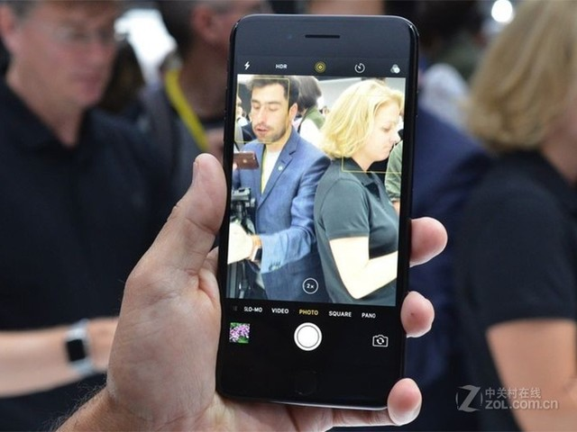 苹果iPhone 7 Plus港版32G特价3598元