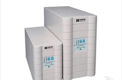 C1KVA额定容量1KVA,UPS转换时间仅为0ms,电源效率利用可达85%,采用松下阀控式铅蓄电池,标称后备时间 满载/半载大于10min/20min。ATA C1KVA输出电压为220(11%)VAC,输出电压频率范围为50Hz,输入电压范围115-300,输入电压频率范围40-60Hz,使用铅酸密封、免维护的Panasonic电池。 编辑点评:C1KVA在线式UPS电源,性能不错,维护方便,而且保持在线式UPS的优点,是中小型企业用户对IT类负载设备的保护电源的有限选择。 武汉健姿锐特系统工程有限公