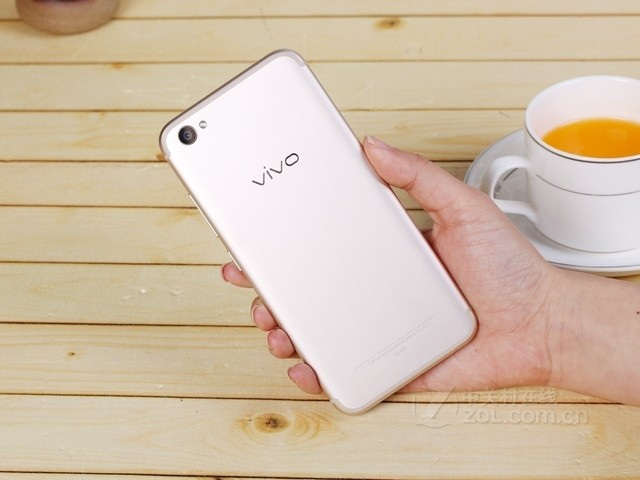 VIVO X9 开学促销2798元 购机可返现金368元