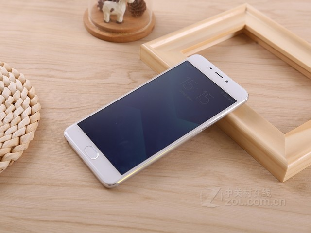 魅蓝Note5新品促销950元 32G售1050元