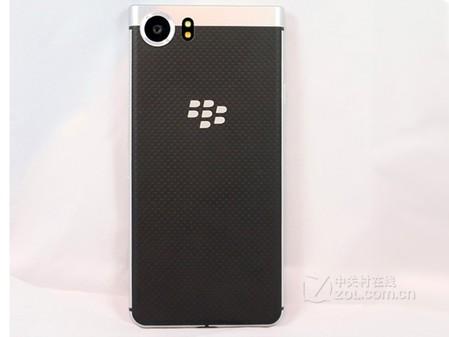 5黑莓新款全键盘手机KEYone促销价3888元