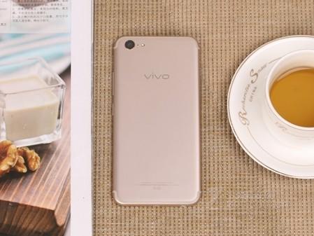 5简约时尚 手感细腻 vivo X9Plus售2699元