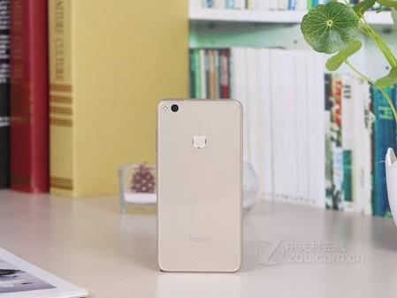 2荣耀8青春版64G内存银川优惠价1530元
