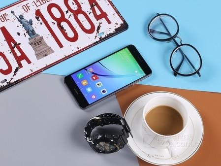华为nova青春版 南宁本地商家出售:1550元