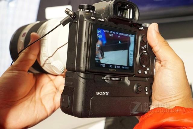 索尼ILCE-9(单机) 尖峰优惠售价31999元