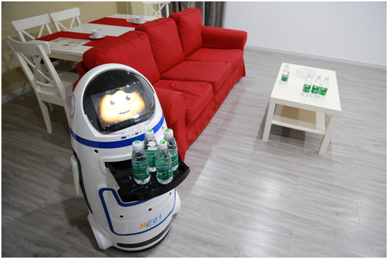 """进化者家庭服务型机器人""""小胖""""郑州到货"""
