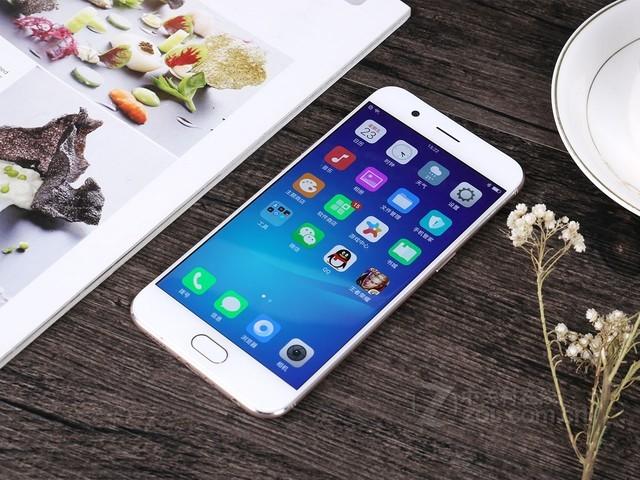 整机流畅纤薄 OPPO R11手机青岛促销