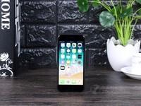 人脸识别解锁64G苹果iPhone8港版3288元
