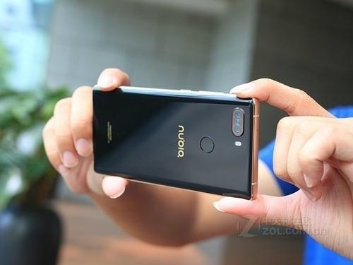 强悍硬件搭配 努比亚Z17S全面屏3199元