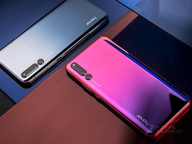 这代的荣耀magic2是ai滑屏全面屏手机,近100%屏占比,无孔无界完美全面