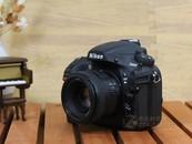 中级全画幅 尼康D800(单机) 售10800元