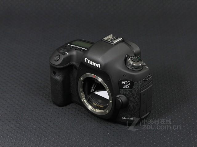佳能 5D Mark III 外观图