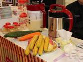现场制作才给力 神邦展出豆浆机产品