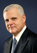 Joe Tucci  EMC公司董事会主席 总裁兼CEO