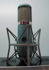 AKG高端舞台设备