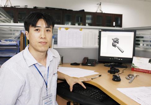 专访百诺三脚架产品工程师