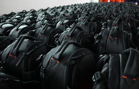 百诺专业摄影包生产线现场参观