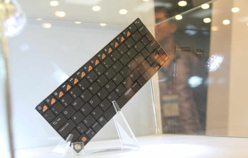 雷柏2011全新刀锋系列产品发布会