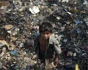 印度孟买街头儿童救助