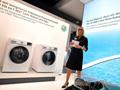 西门子展示新品洗衣机