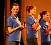 美女展示微铂手机