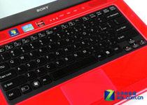 搭载时下流行的悬浮式键盘