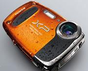 富士发布三款防水相机