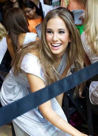 CES2012美国小姐
