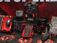血手幽灵游戏装备展示