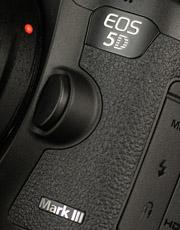 兼顾性能与画质 新全幅佳能5D3深度评测