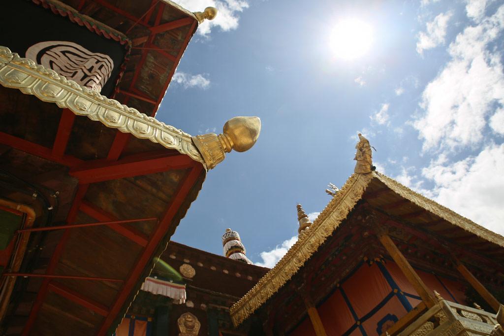 藏区寺庙角度