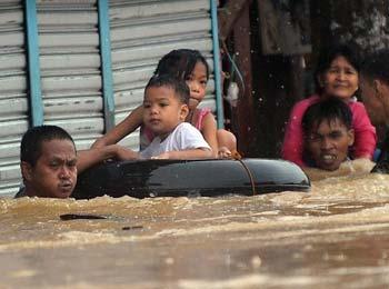 菲律宾马尼拉抗洪记