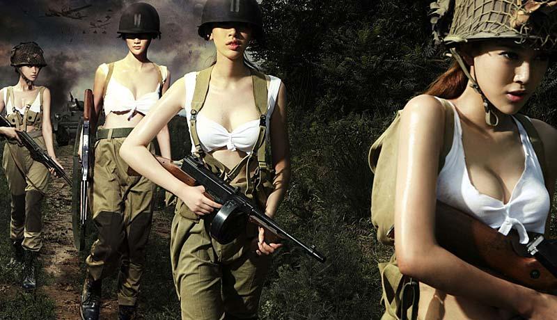 性感美女重演另类二战