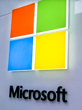 微软宣布更换新Logo 添加色块修改字体