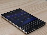 传统键盘 黑莓Q30全新机 潍坊促销1399