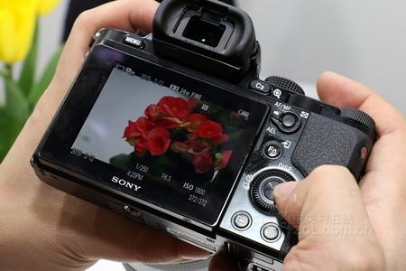 0重庆索尼24-240大变焦比镜头仅售4100元