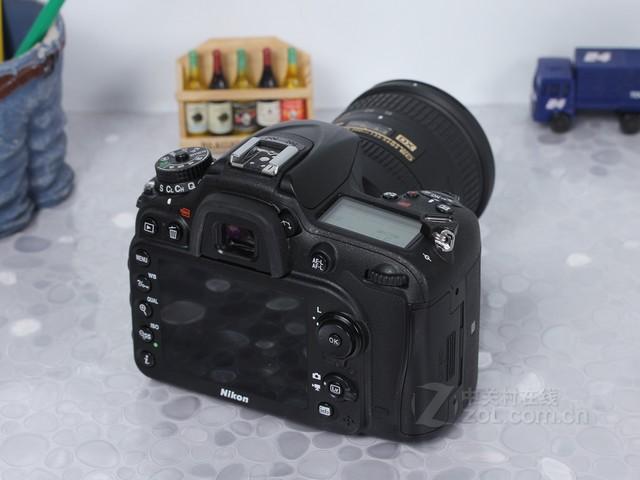 采用全新传感器 尼康D7200(18-140mm)促销