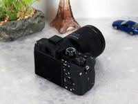 全画幅微单 索尼A7RII(单机) 售价14249元