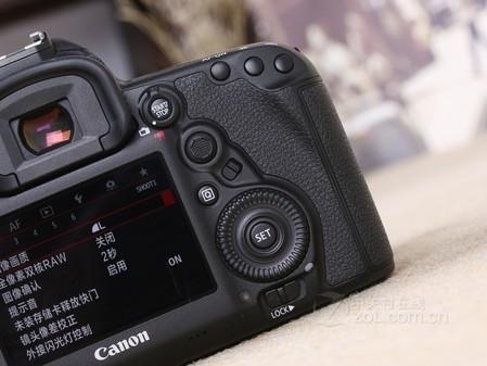 旅游攻略:佳能5d相机多少