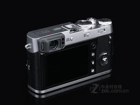 3  微型单反  富士X100F最新价8000元
